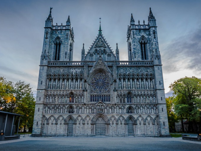 Nidarosdomen-cathedral-in-Trondheim-jpg